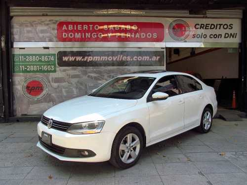 Volkswagen Vento 2.0 Luxury I 140cv Dsg 2013 Rpm Moviles