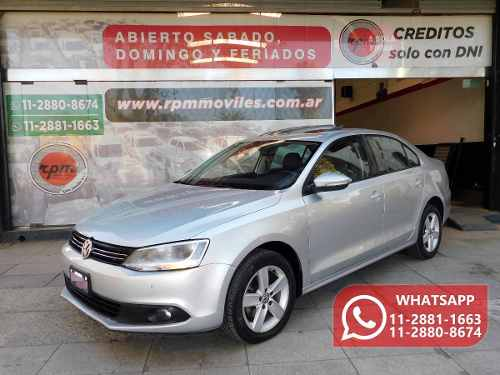 Volkswagen Vento 2.0 Luxury I 140cv Dsg 2011 Rpm Moviles