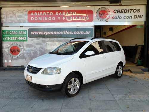 Volkswagen Suran 1.6 Highline 11d Cuero 2010 Rpm Moviles