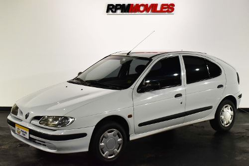 Renault Megane 1.6 Rt 1998 Rpm Moviles
