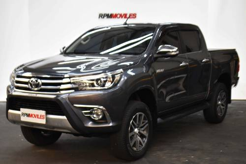 Toyota Hilux 2.8 Srx 4×4 Cuero Manual 2017 Rpm Moviles