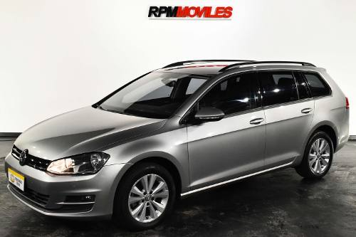 Volkswagen Golf Variant Comfortline 1.4  At 2015 Rpm Moviles