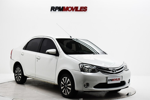 Toyota Etios 1.5 Platinum 4 P 2016 Rpm Moviles Showroom
